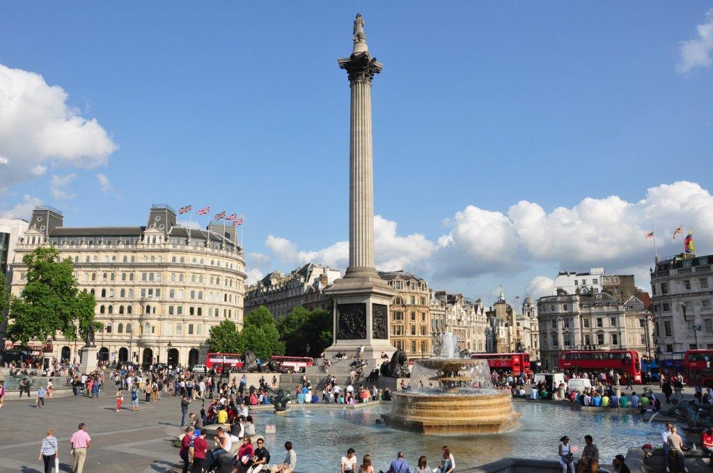 Praça Trafalgar Square em Londres