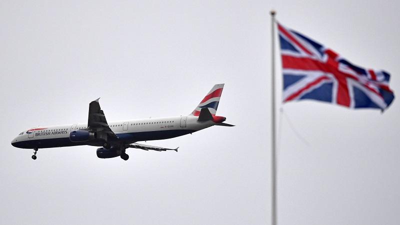 Avião na Inglaterra