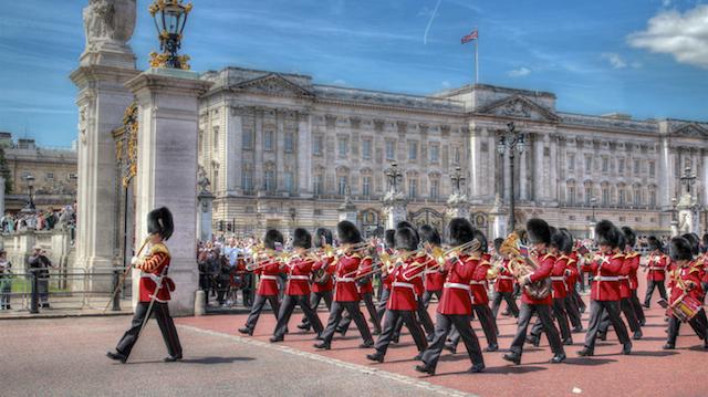 Troca de guarda no Buckingham Palace