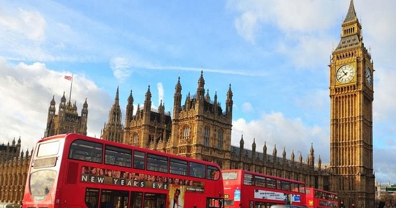 Passeio de ônibus turístico em Londres
