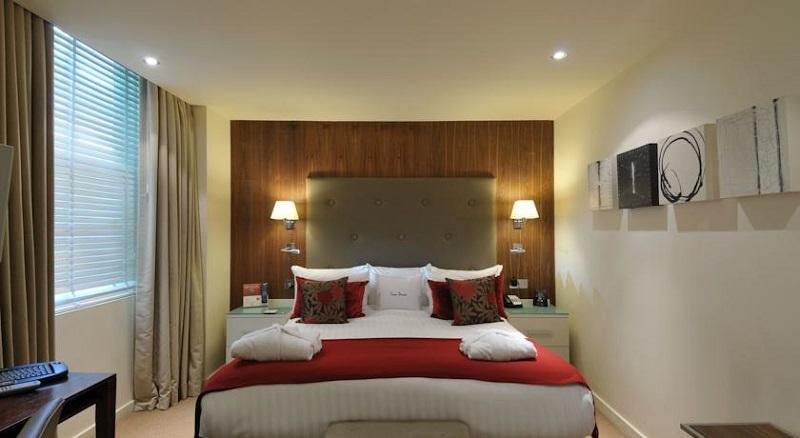 Quarto do Hotel Doubletree by Hilton London West End em Londres