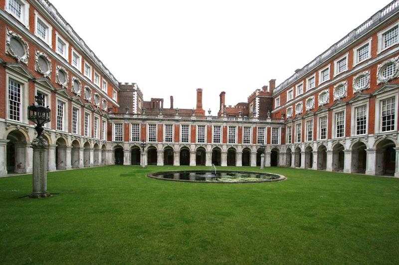 Hampton Court em Londres