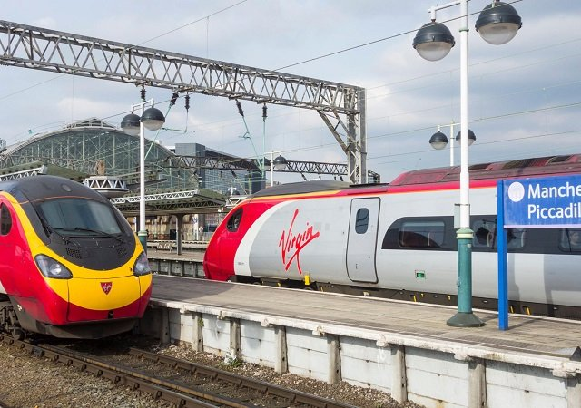 Viagem de trem de Liverpool a Manchester