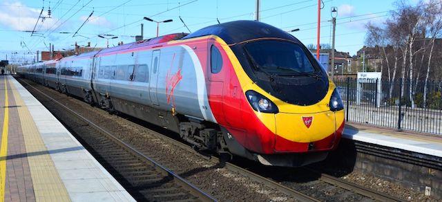 Trem de Manchester a Londres