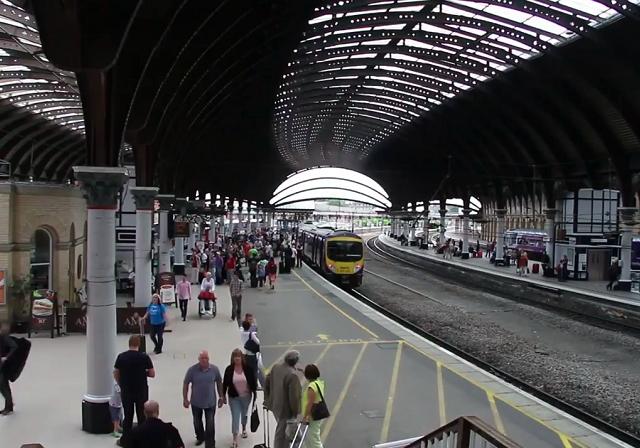Viagem de trem de York a Londres