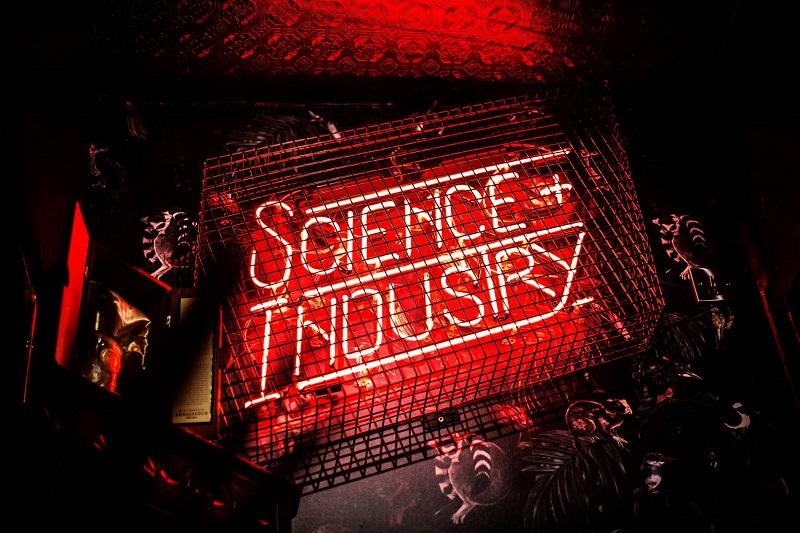 Balada Science & Industry em Manchester